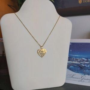 2/30$: Floral Heart Shape Necklace